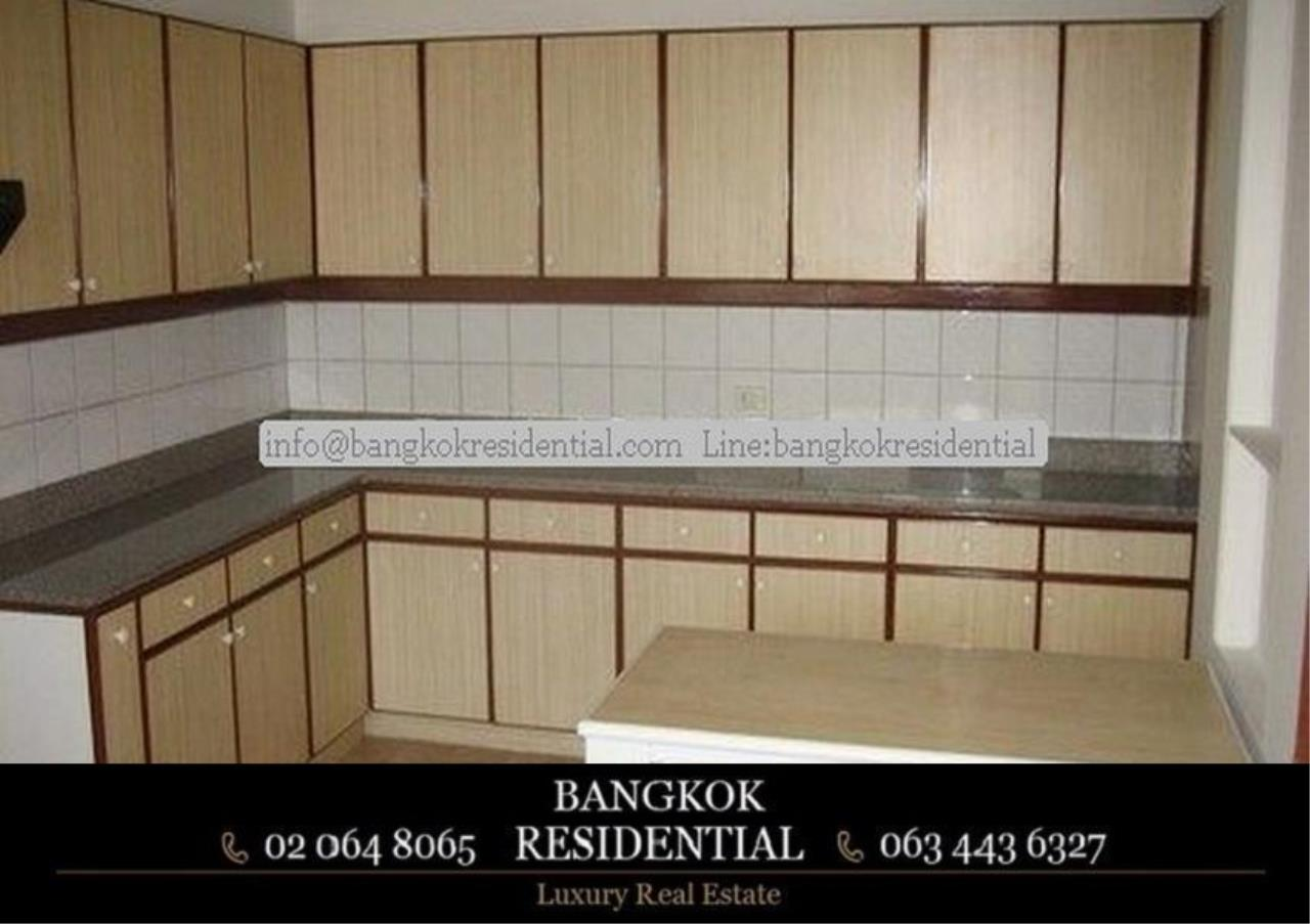 Bangkok Residential Agency's 3 Bed Apartment For Rent in Nana BR0572AP 18