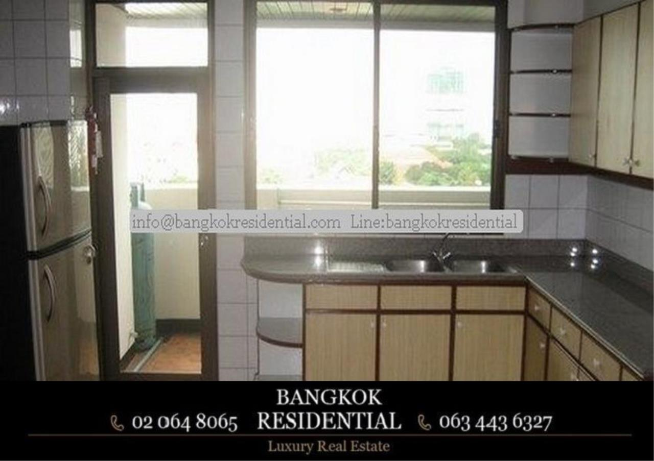 Bangkok Residential Agency's 3 Bed Apartment For Rent in Nana BR0572AP 19