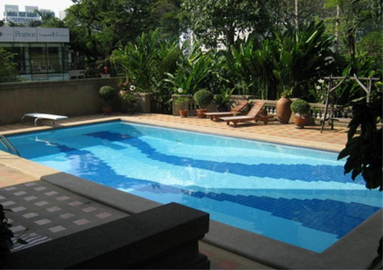 Bangkok Residential Agency's 3 Bed Apartment For Rent in Phrom Phong BR0632AP 1