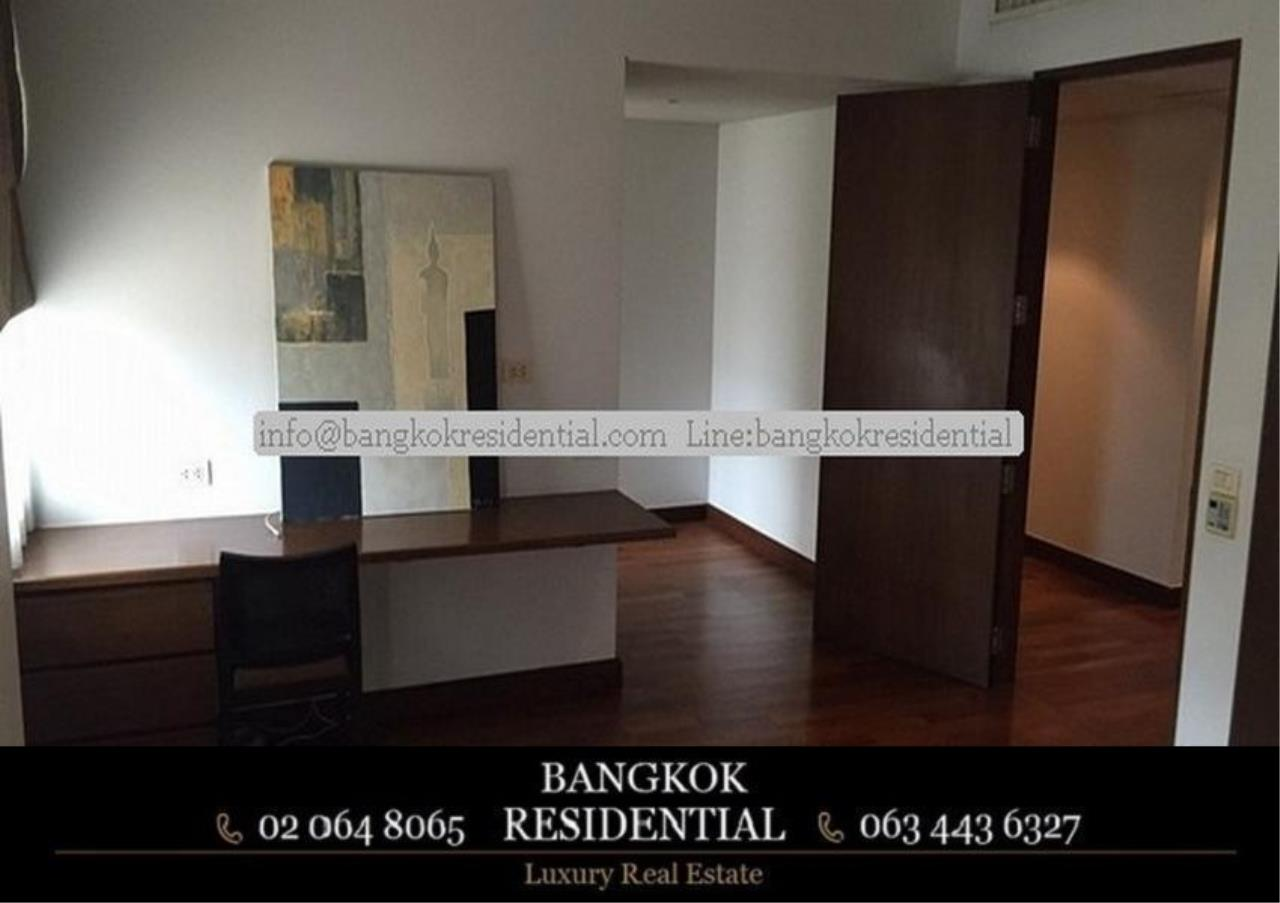 Bangkok Residential Agency's 3 Bed Apartment For Rent in Phloenchit BR0639AP 18
