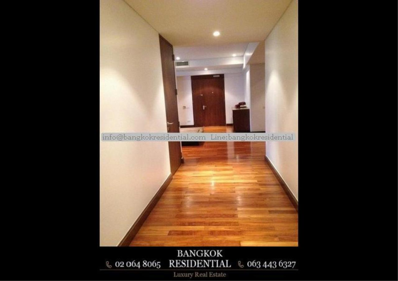 Bangkok Residential Agency's 3 Bed Apartment For Rent in Phloenchit BR0639AP 19