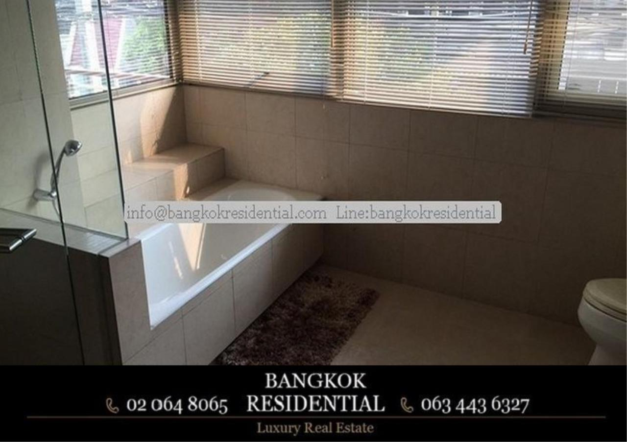Bangkok Residential Agency's 3 Bed Apartment For Rent in Phloenchit BR0639AP 20
