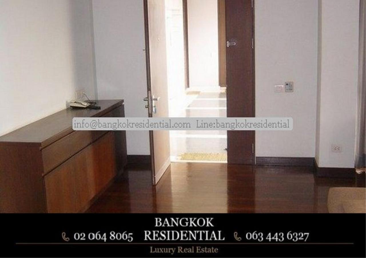 Bangkok Residential Agency's 3 Bed Apartment For Rent in Phloenchit BR0640AP 8