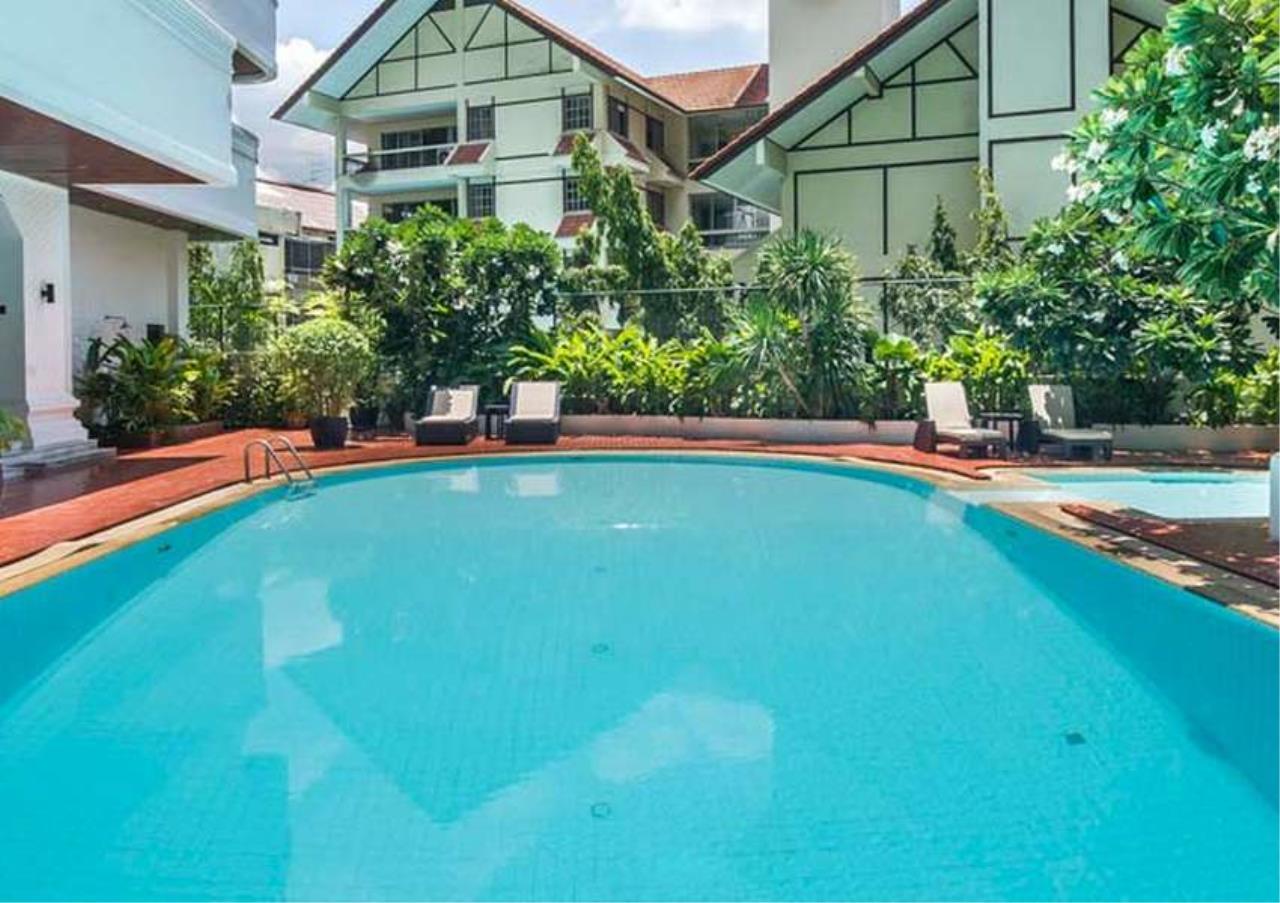 Bangkok Residential Agency's 4 Bed Apartment For Rent in Asoke BR0648AP 1