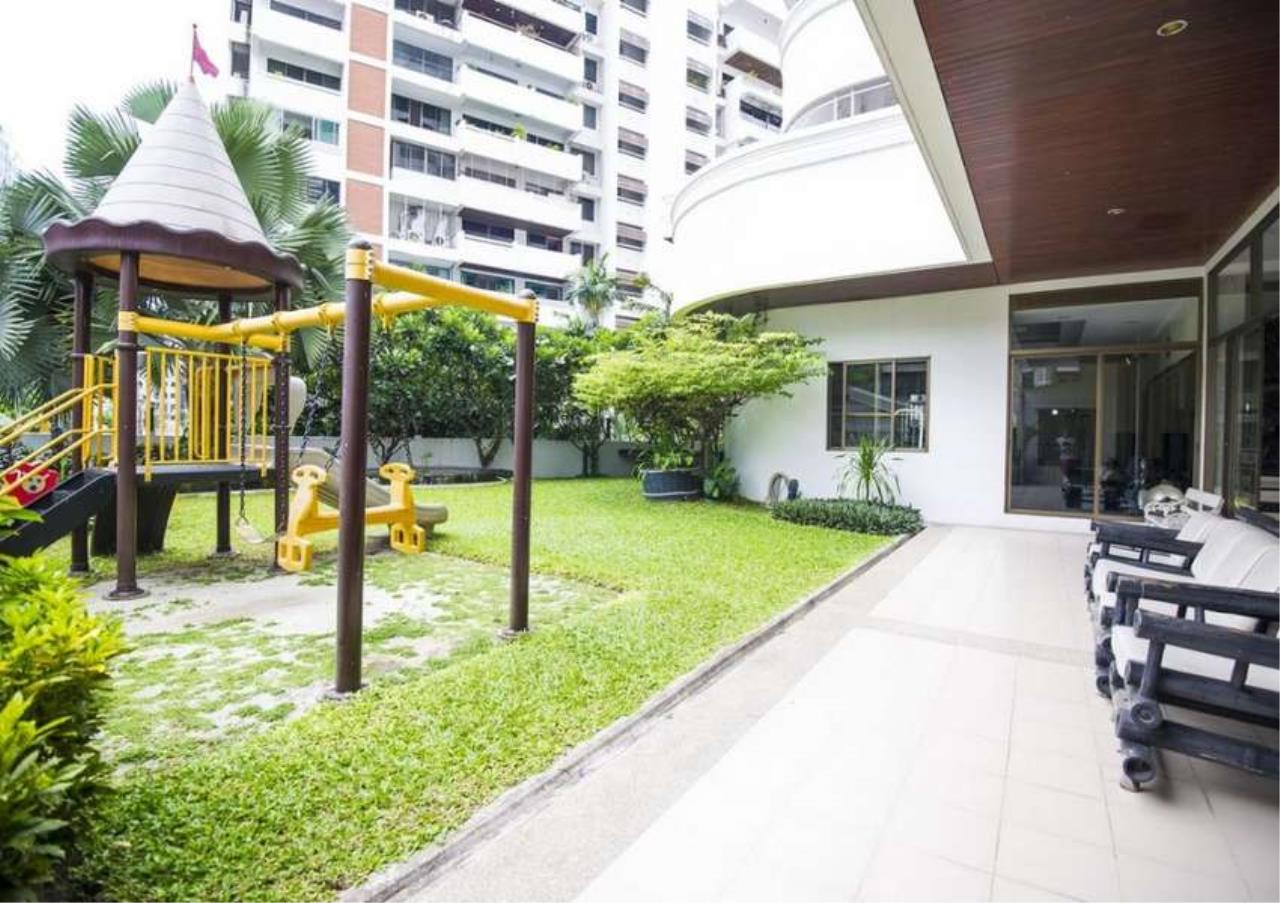 Bangkok Residential Agency's 4 Bed Apartment For Rent in Asoke BR0648AP 4