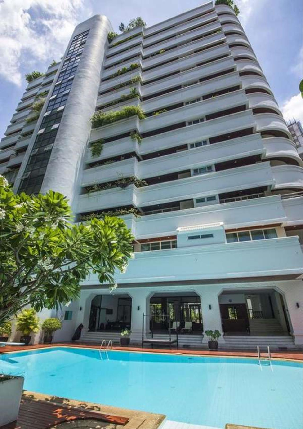 Bangkok Residential Agency's 4 Bed Apartment For Rent in Asoke BR0648AP 5