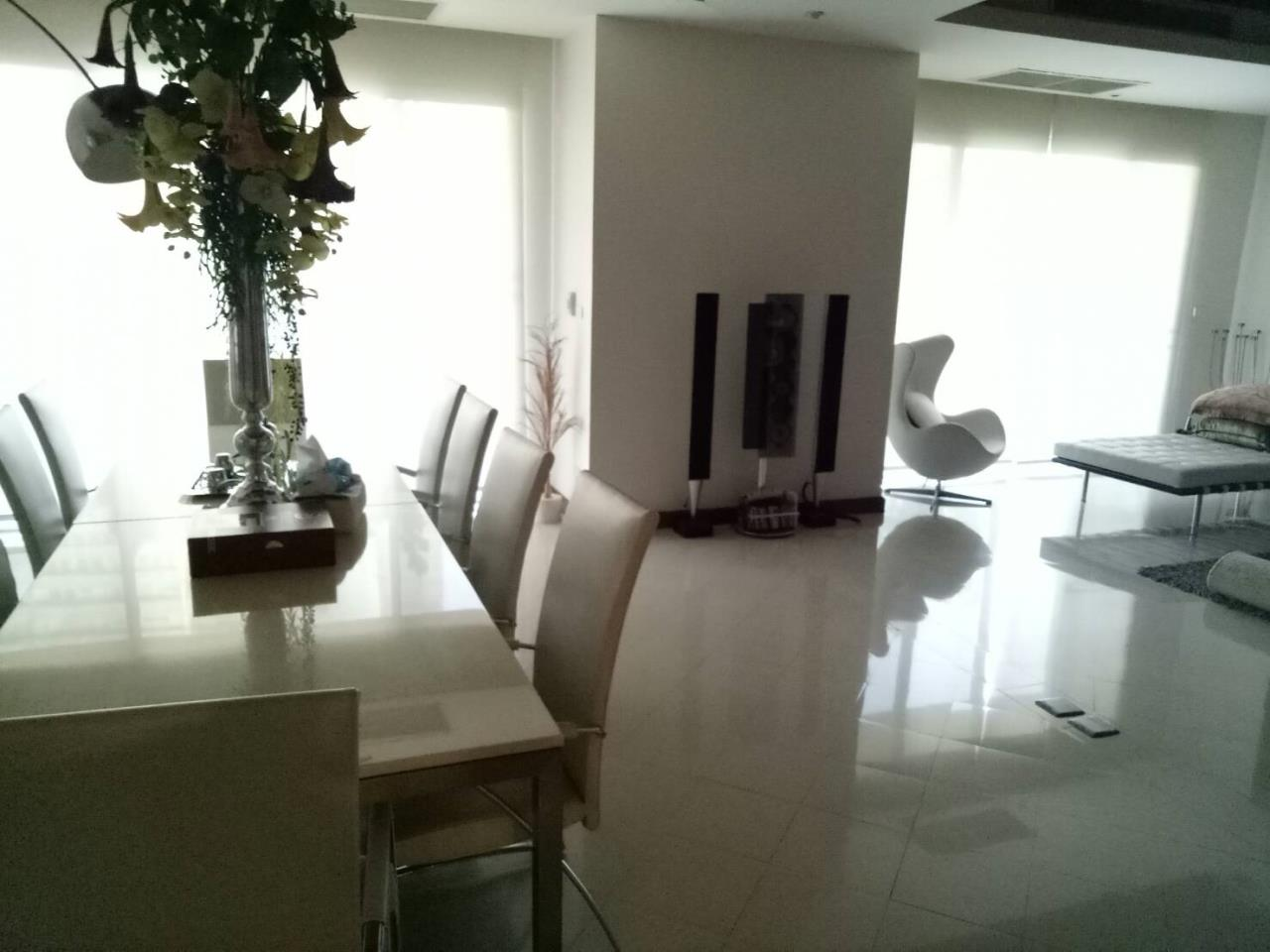 Bangkok Residential Agency's 5 Bed Duplex Apartment For Rent in Sathorn BR0650AP 2