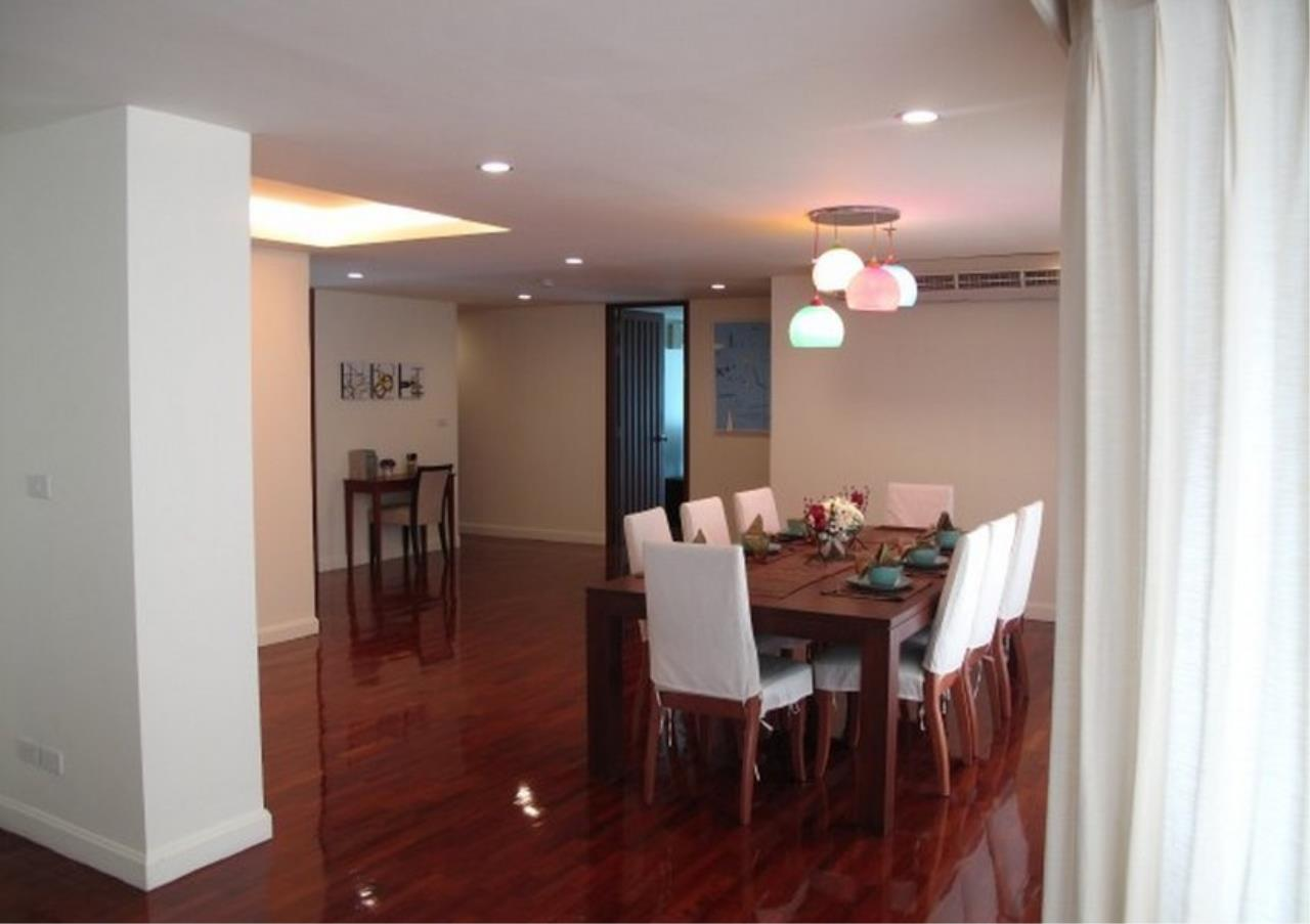 Bangkok Residential Agency's 3 Bed Apartment For Rent in Sathorn BR0657AP 2