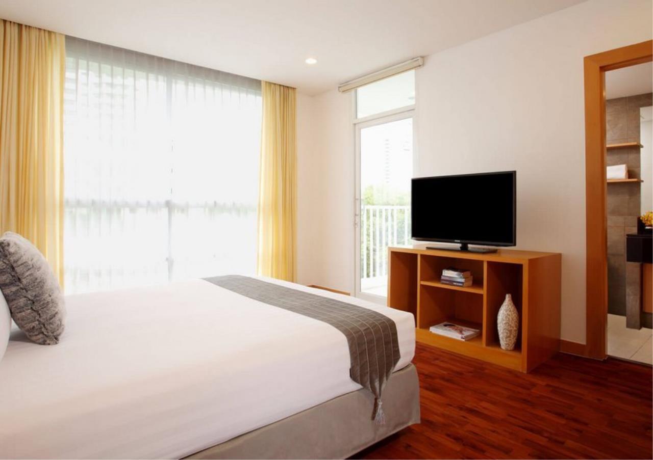 Bangkok Residential Agency's 3 Bed Apartment For Rent in Ekkamai BR0707AP 7