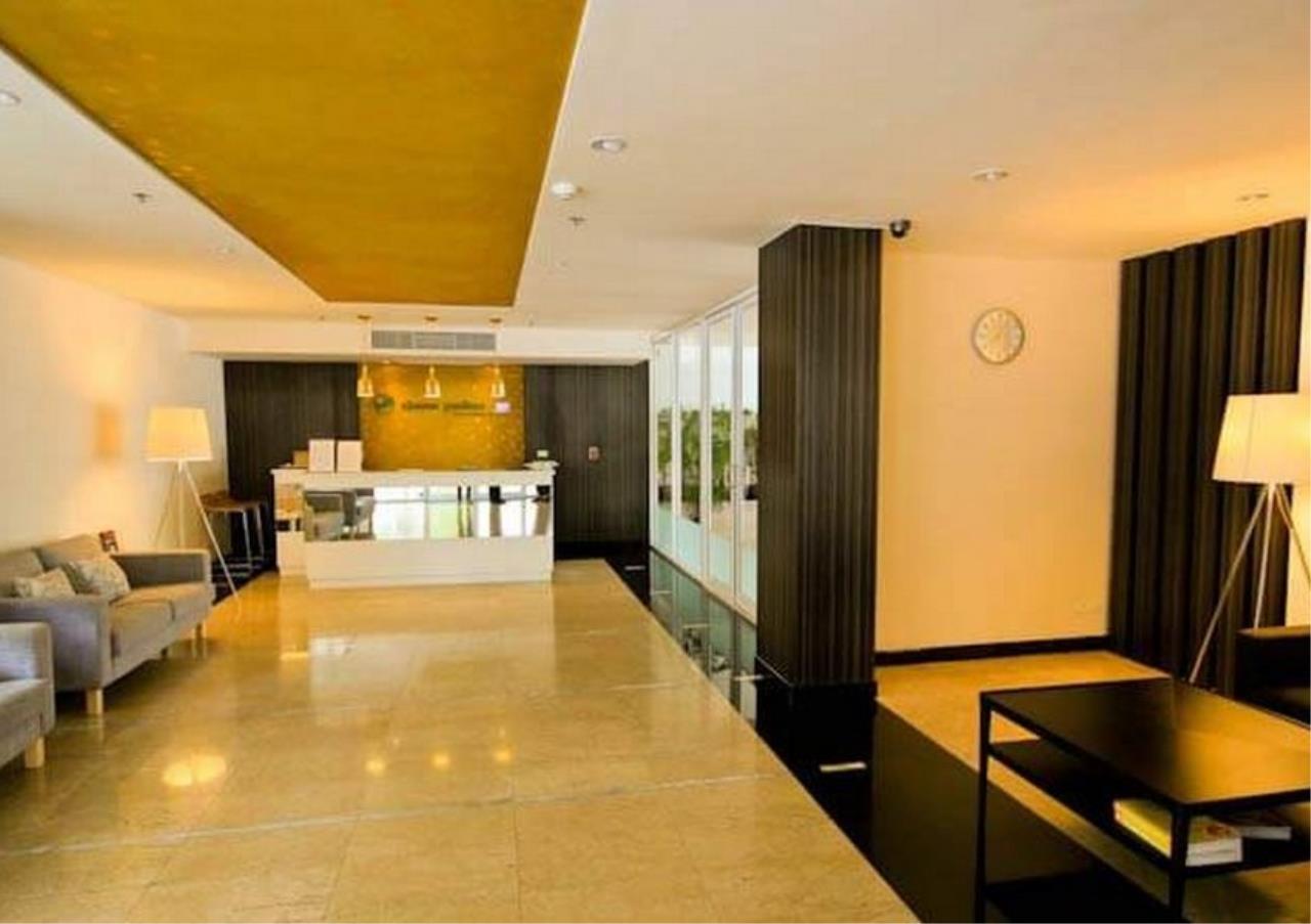 Bangkok Residential Agency's 3 Bed Apartment For Rent in Ekkamai BR0707AP 20