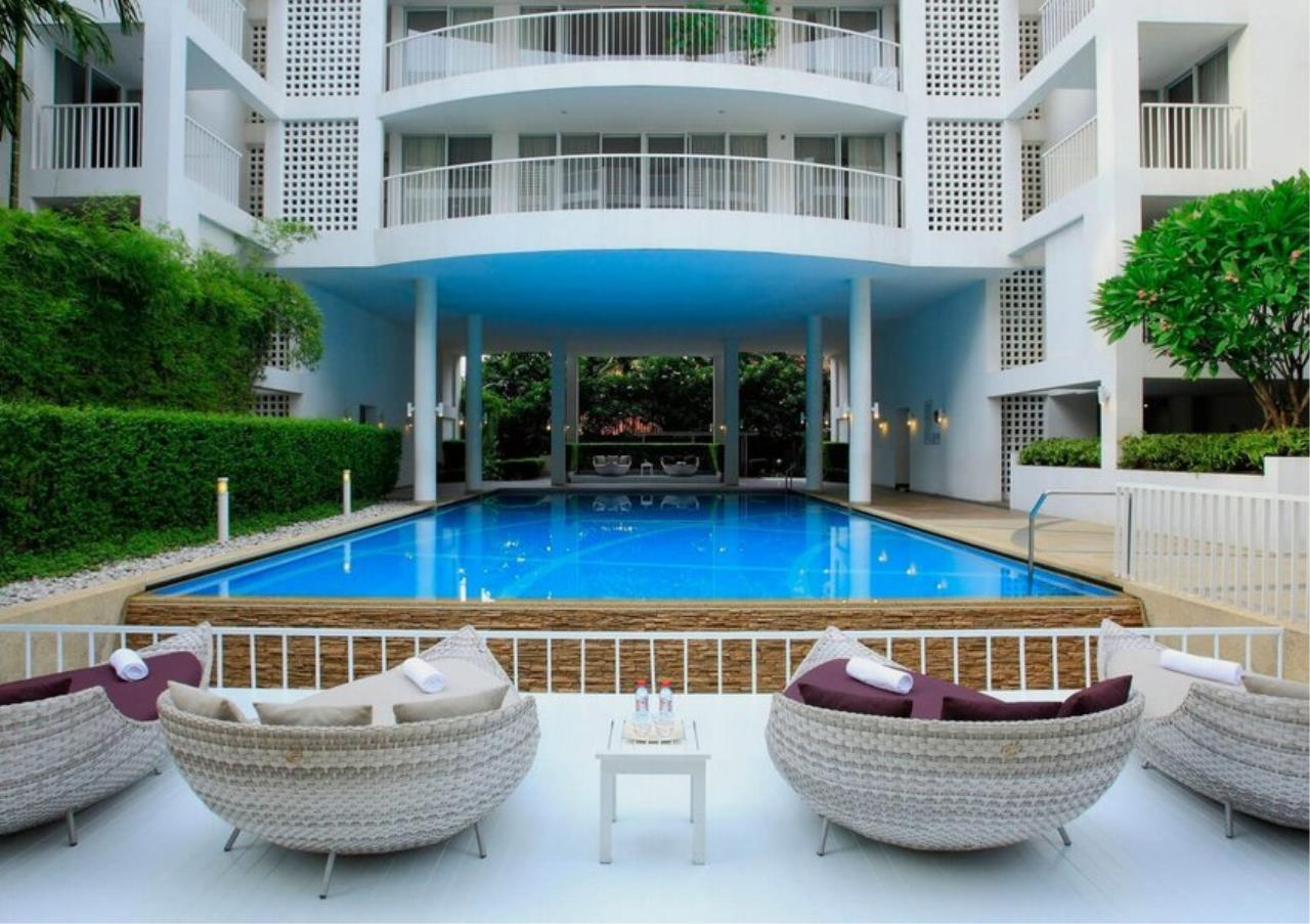 Bangkok Residential Agency's 3 Bed Apartment For Rent in Ekkamai BR0707AP 24