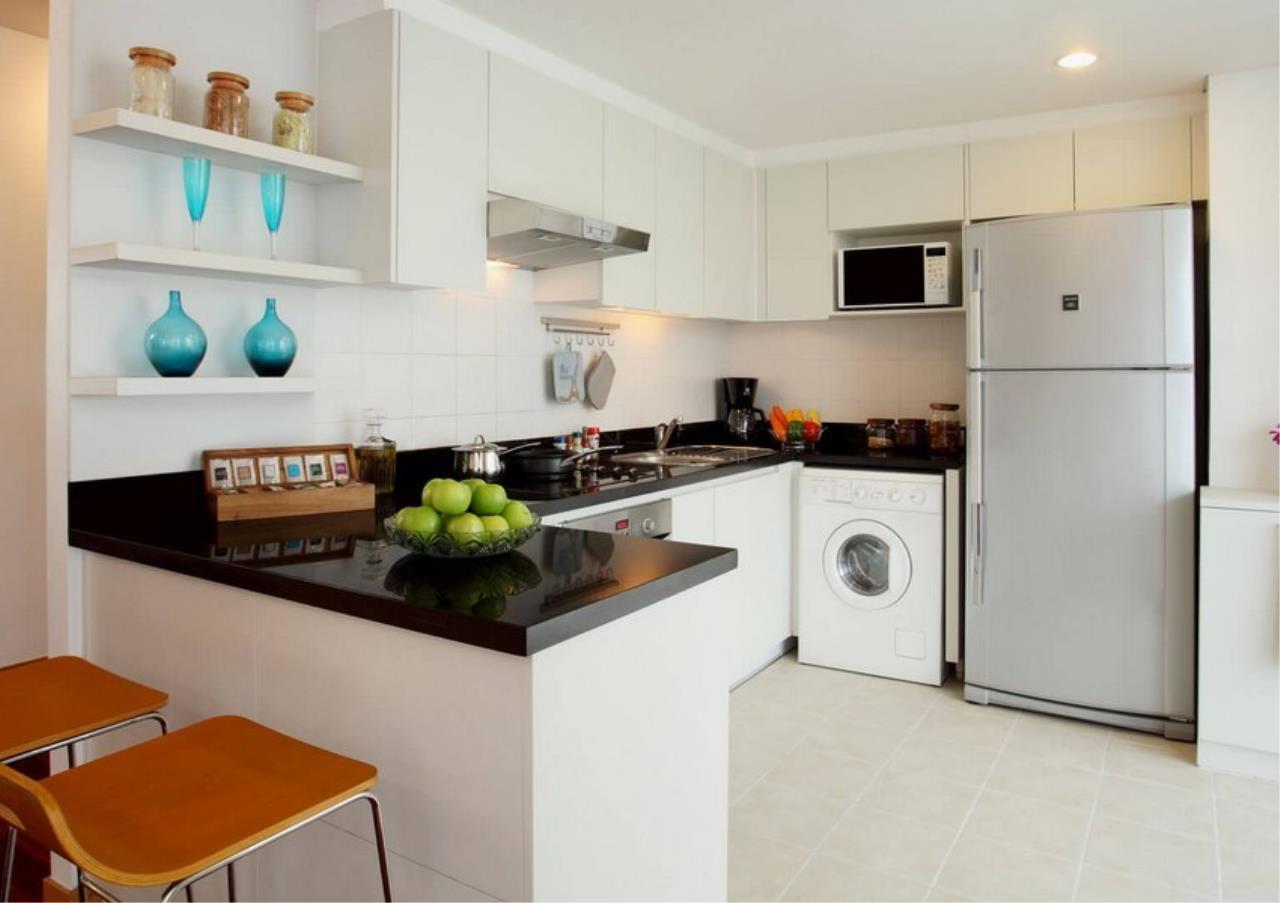 Bangkok Residential Agency's 3 Bed Apartment For Rent in Ekkamai BR0709AP 1