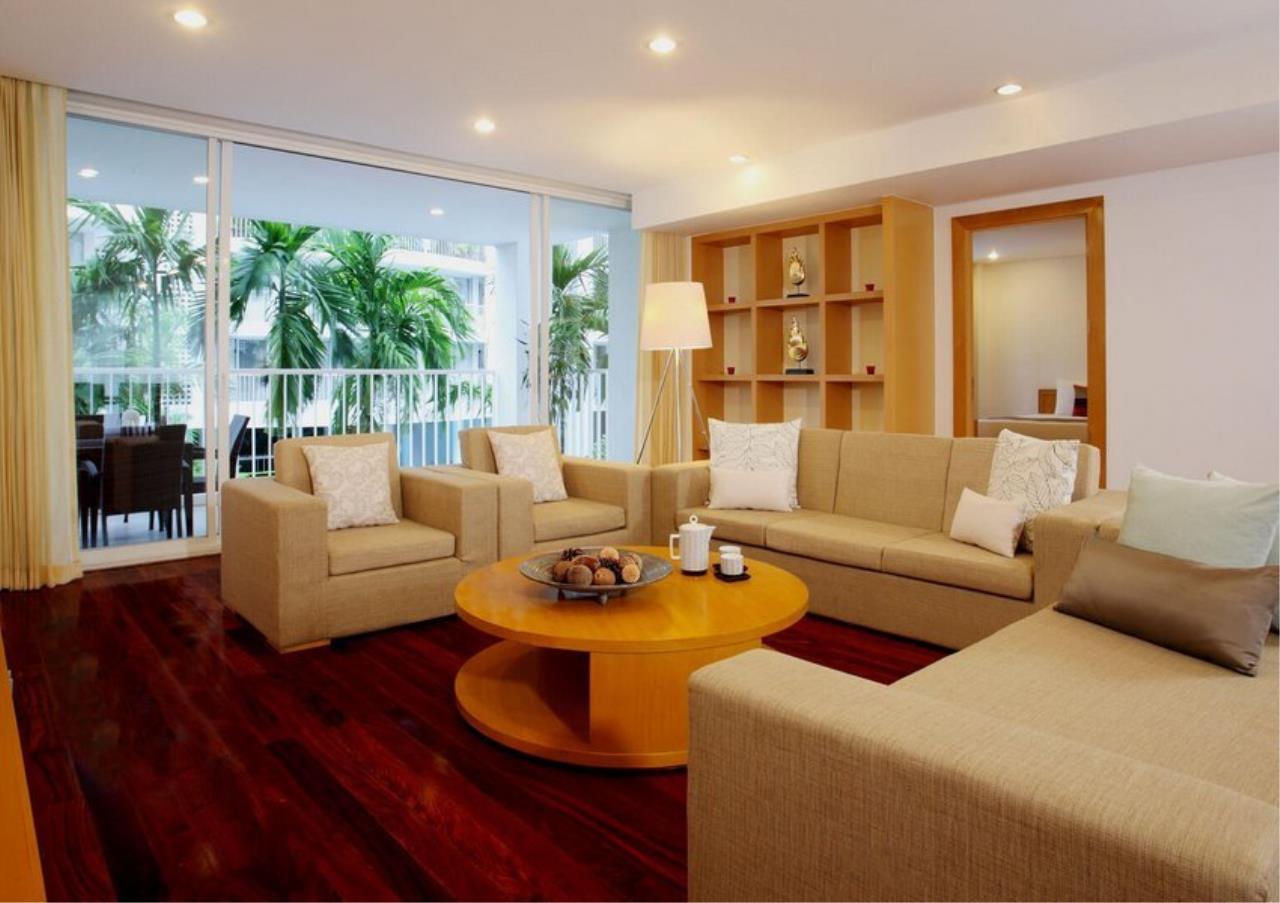 Bangkok Residential Agency's 3 Bed Apartment For Rent in Ekkamai BR0709AP 3