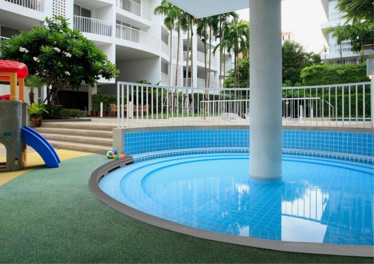 Bangkok Residential Agency's 3 Bed Apartment For Rent in Ekkamai BR0709AP 27