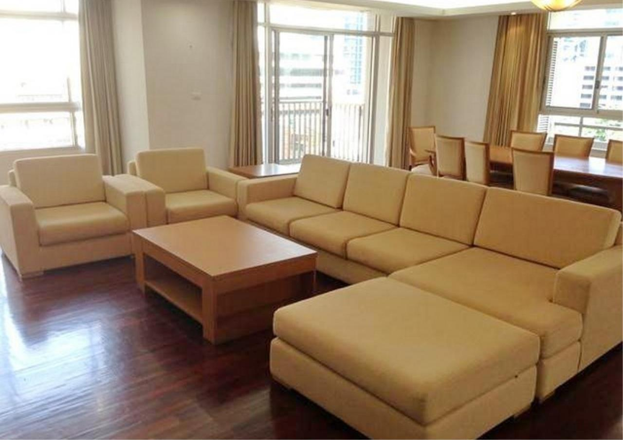 Bangkok Residential Agency's 3 Bed Apartment For Rent in Asoke BR0879AP 1