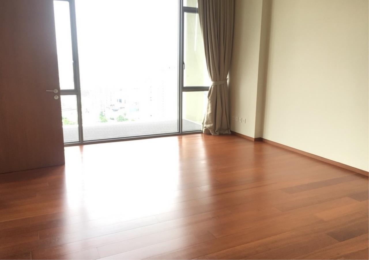 Bangkok Residential Agency's 2 Bed Condo For Rent in Sathorn BR10046CD 3