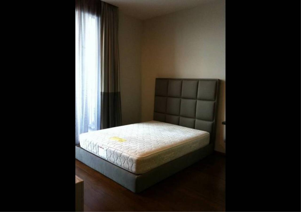 Bangkok Residential Agency's 3 Bed Condo For Rent in Thonglor BR1012CD 6