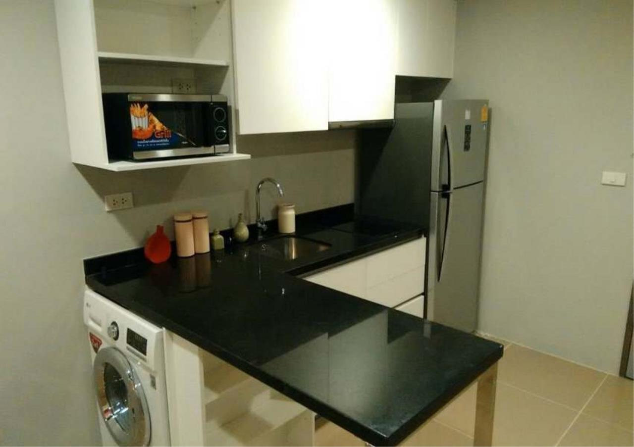 Bangkok Residential Agency's 3 Bed Condo For Rent in Phrom Phong BR1022CD 2