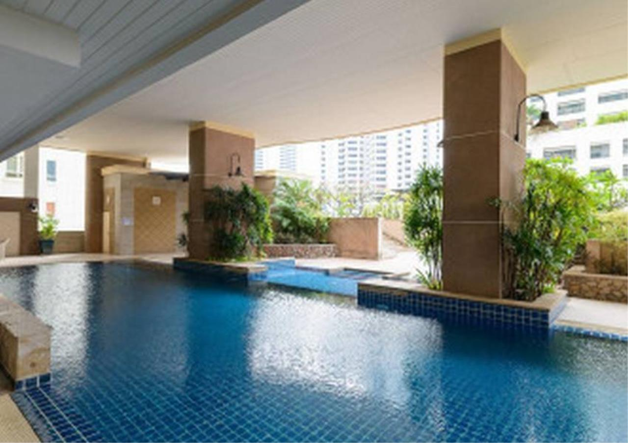 Bangkok Residential Agency's 3 Bed Condo For Sale in Nana BR1025CD 5