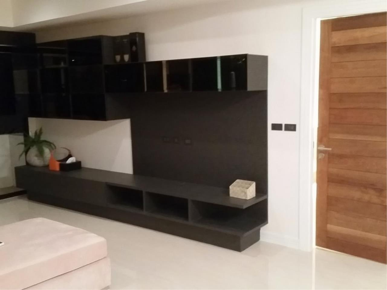 Bangkok Residential Agency's 2 Bed Condo For Rent in Phrom Phong BR1049CD 5