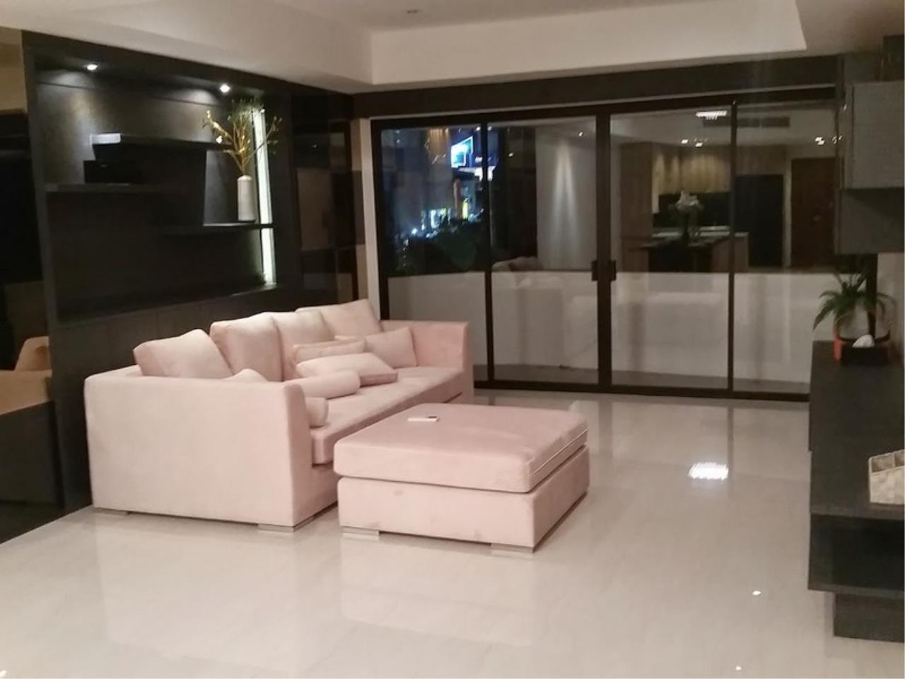 Bangkok Residential Agency's 2 Bed Condo For Rent in Phrom Phong BR1049CD 2