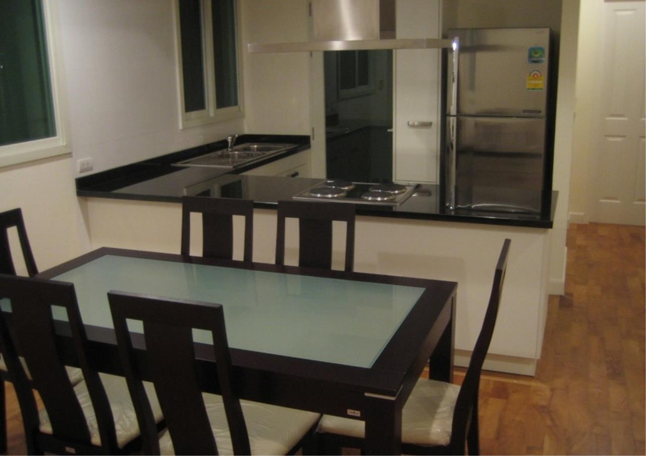 Bangkok Residential Agency's 2 Bed Condo For Rent in Phrom Phong BR1068CD 3
