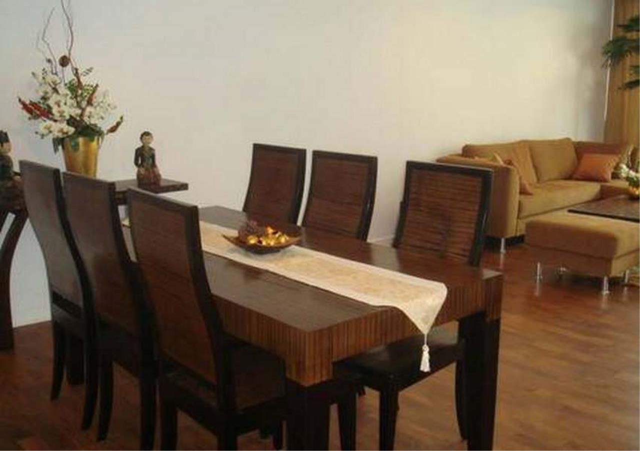 Bangkok Residential Agency's 3 Bed Condo For Rent in Phrom Phong BR1069CD 2