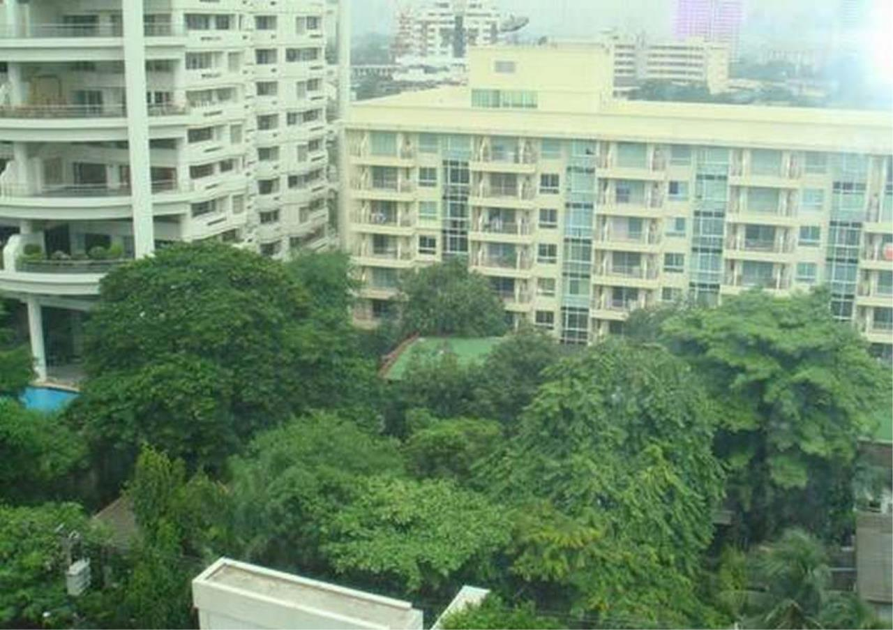 Bangkok Residential Agency's 3 Bed Condo For Rent in Phrom Phong BR1069CD 9