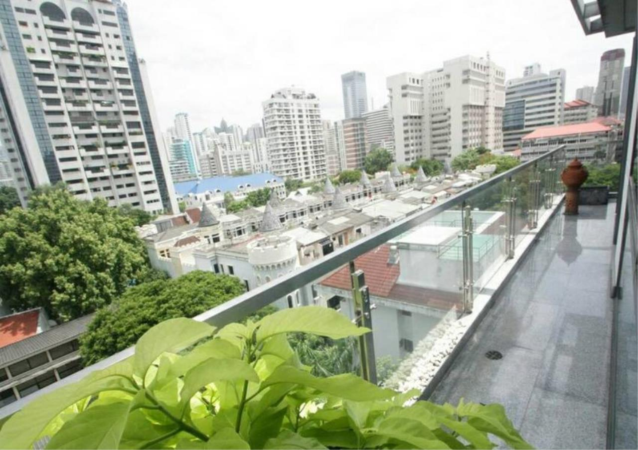 Bangkok Residential Agency's 5 Bed Penthouse For Rent in Phrom Phong BR1087CD 14