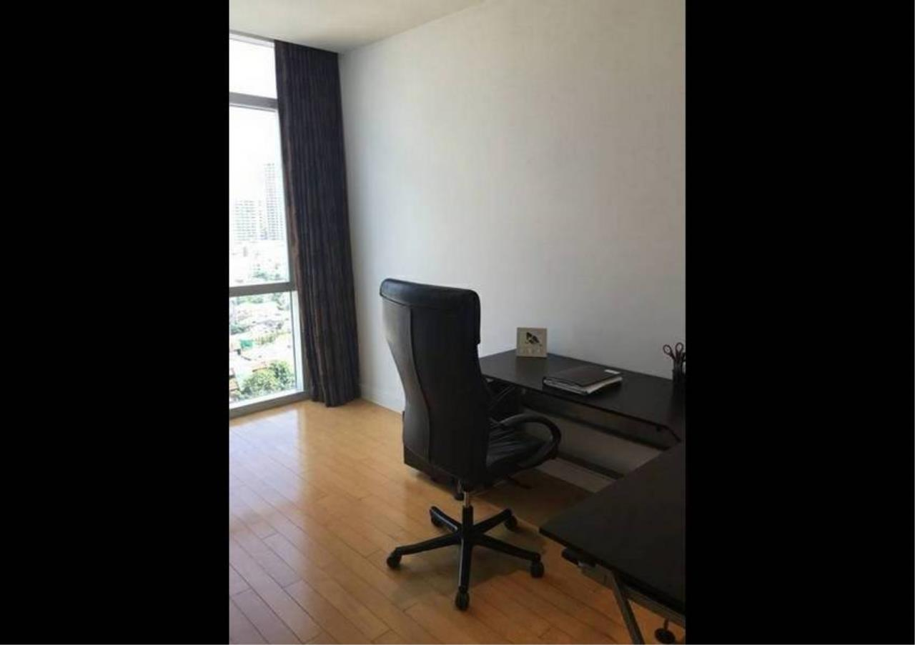 Bangkok Residential Agency's 3 Bed Condo For Sale in Phloenchit BR1178CD 8