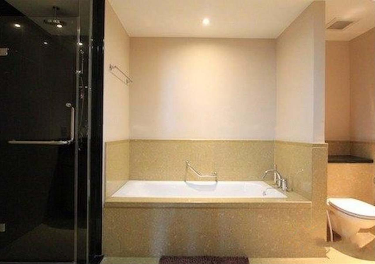Bangkok Residential Agency's 2 Bed Condo For Sale in Sathorn BR1287CD 7