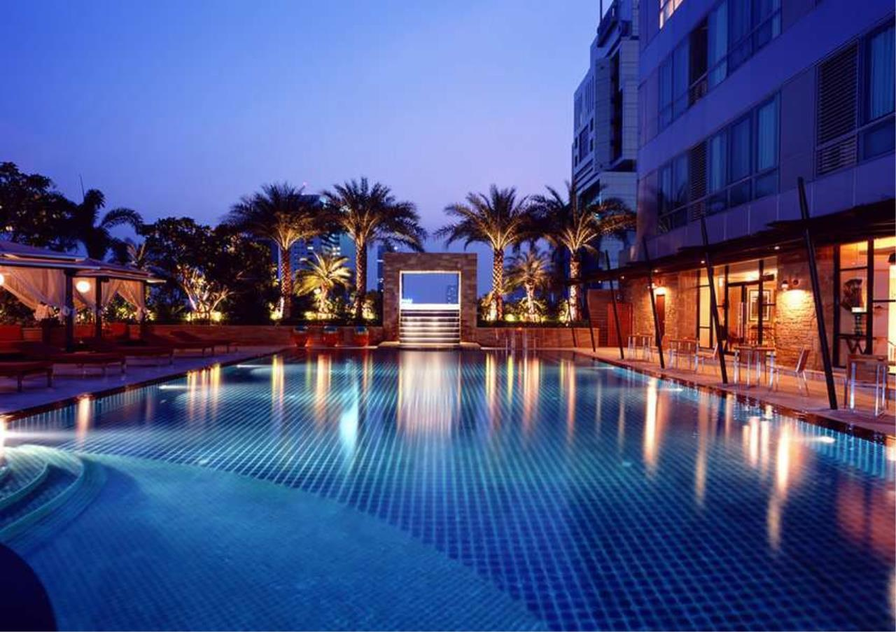 Bangkok Residential Agency's 2 Bed Condo For Sale in Sathorn BR1287CD 9