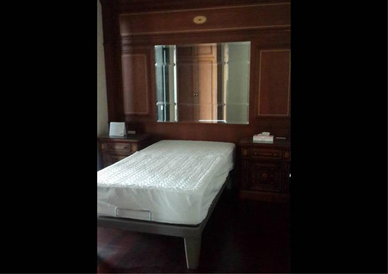 Bangkok Residential Agency's 4 Bed Condo For Rent in Chidlom BR1322CD 14
