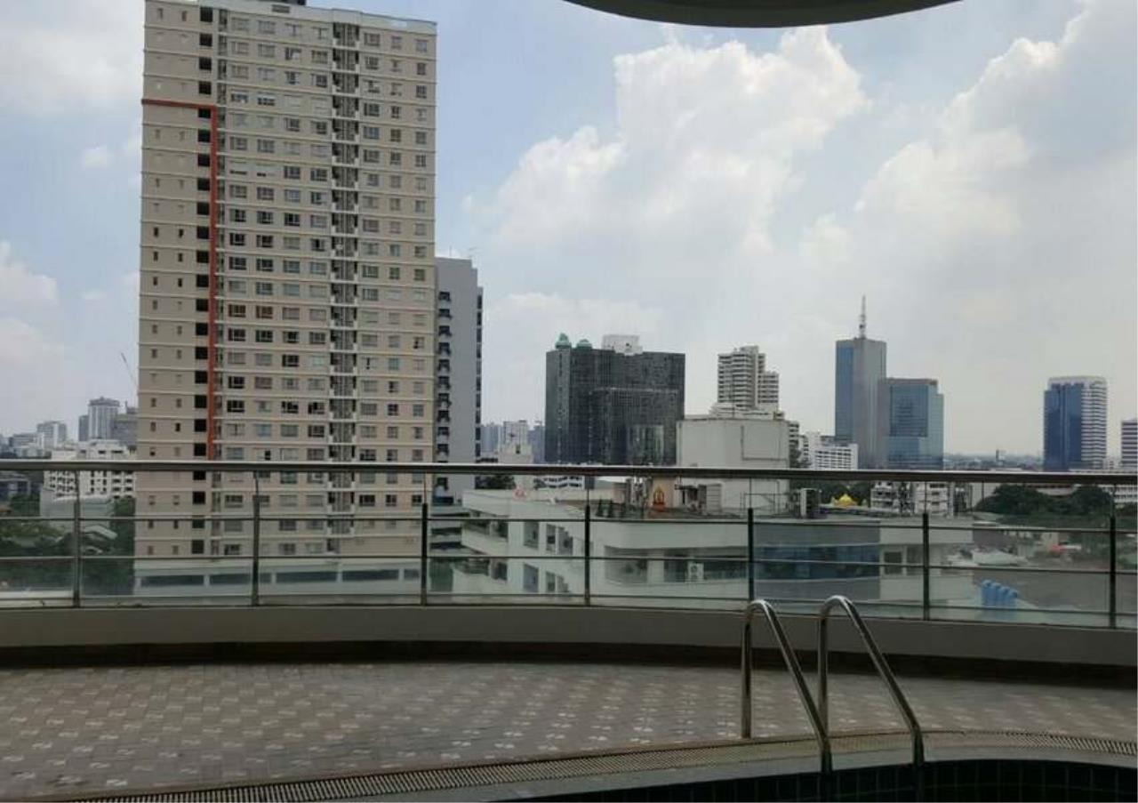 Bangkok Residential Agency's 3 Bed Condo For Rent in Phrom Phong BR1330CD 18