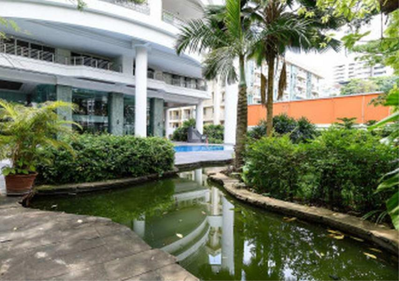 Bangkok Residential Agency's 3 Bed Condo For Rent in Phrom Phong BR1330CD 20