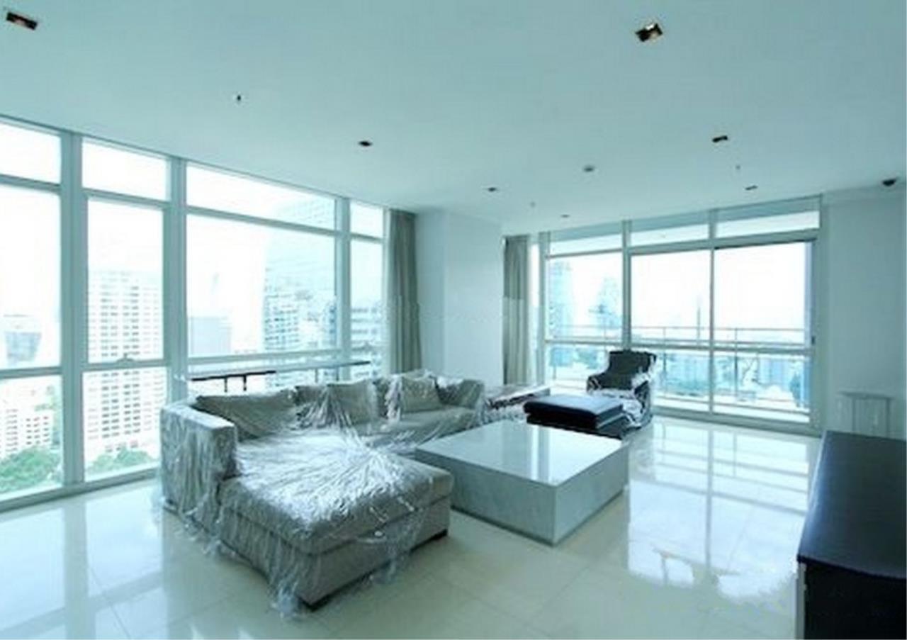 Bangkok Residential Agency's 4 Bed Condo For Rent in Phloenchit BR1341CD 1