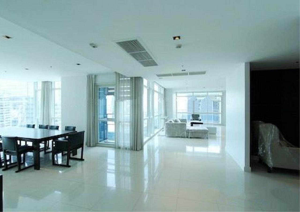Bangkok Residential Agency's 4 Bed Condo For Rent in Phloenchit BR1341CD 3