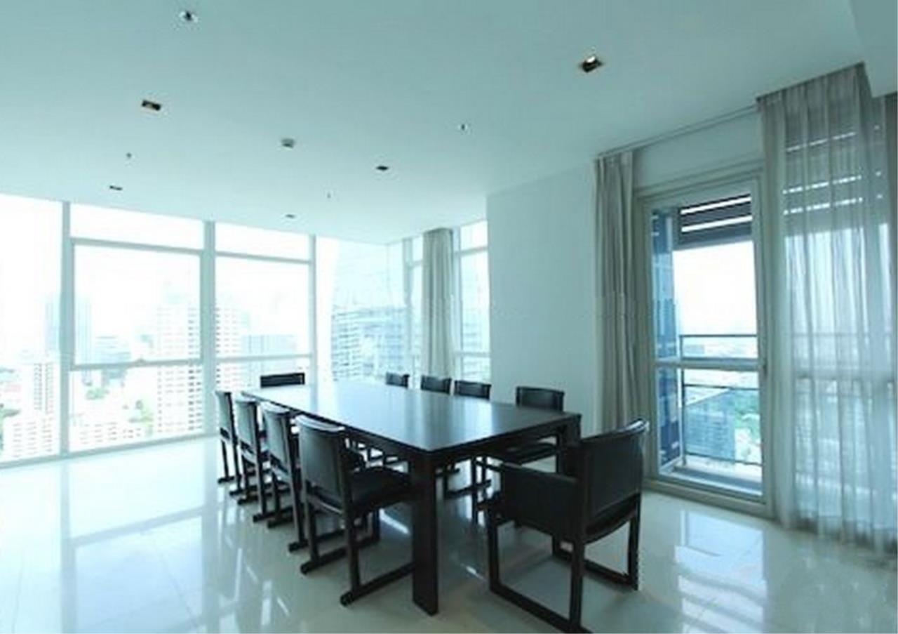 Bangkok Residential Agency's 4 Bed Condo For Rent in Phloenchit BR1341CD 4