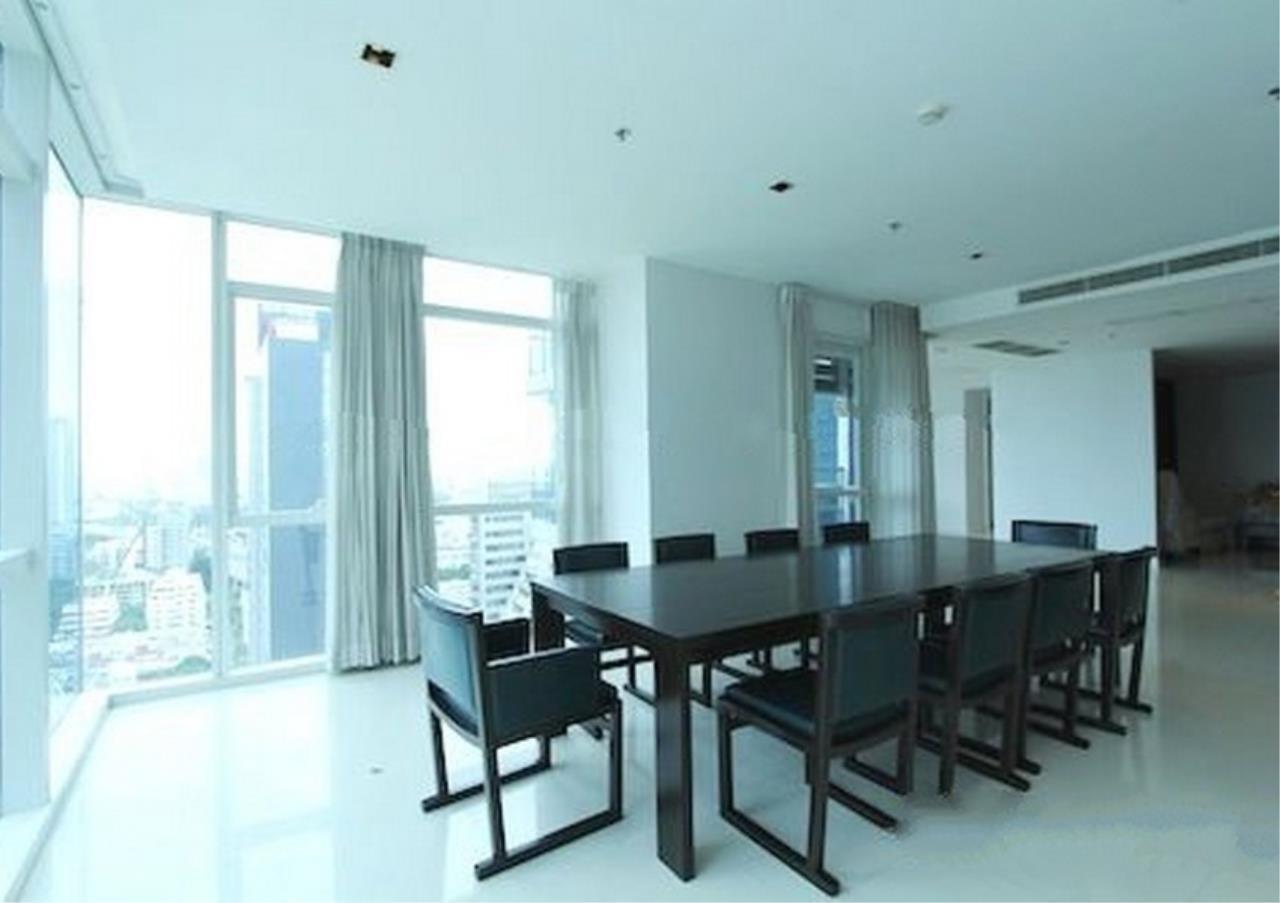 Bangkok Residential Agency's 4 Bed Condo For Rent in Phloenchit BR1341CD 5
