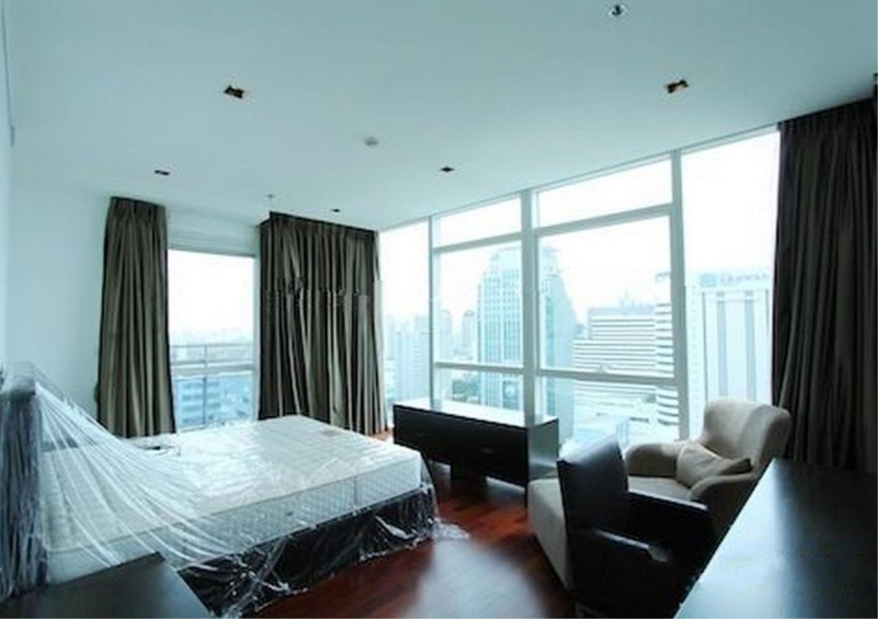 Bangkok Residential Agency's 4 Bed Condo For Rent in Phloenchit BR1341CD 8