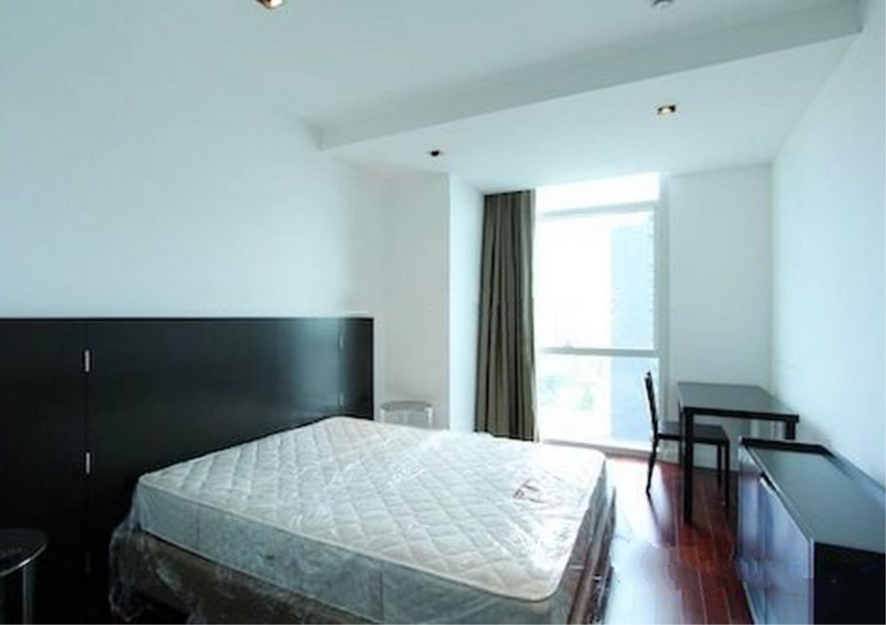 Bangkok Residential Agency's 4 Bed Condo For Rent in Phloenchit BR1341CD 9