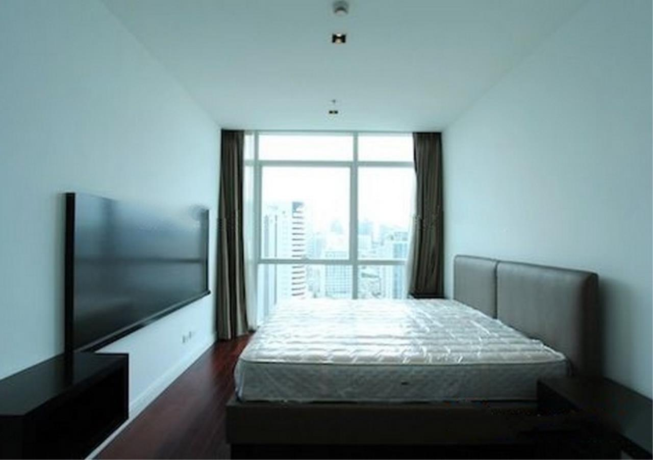 Bangkok Residential Agency's 4 Bed Condo For Rent in Phloenchit BR1341CD 10