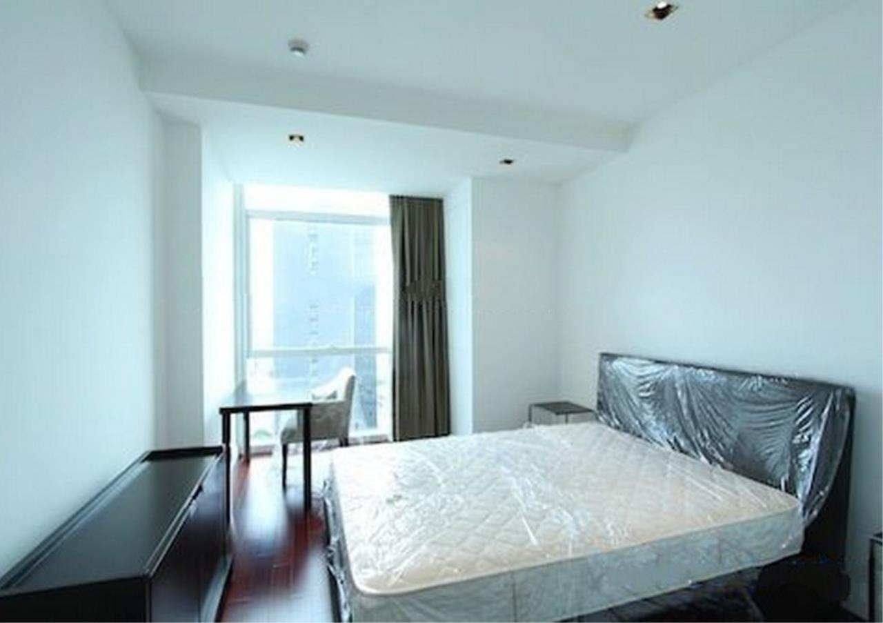 Bangkok Residential Agency's 4 Bed Condo For Rent in Phloenchit BR1341CD 11