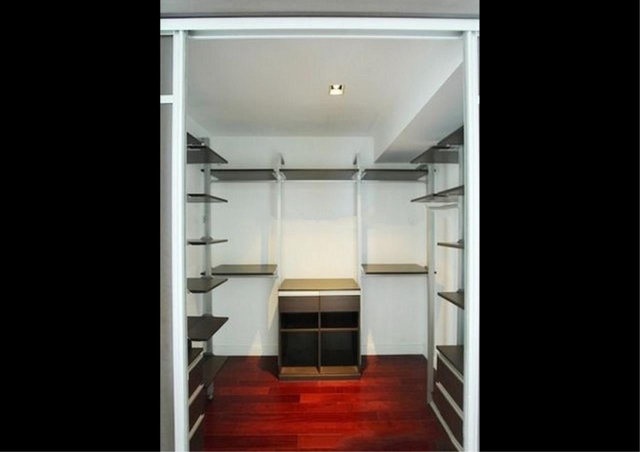 Bangkok Residential Agency's 4 Bed Condo For Rent in Phloenchit BR1341CD 13