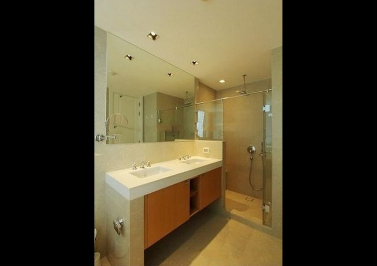 Bangkok Residential Agency's 4 Bed Condo For Rent in Phloenchit BR1341CD 17