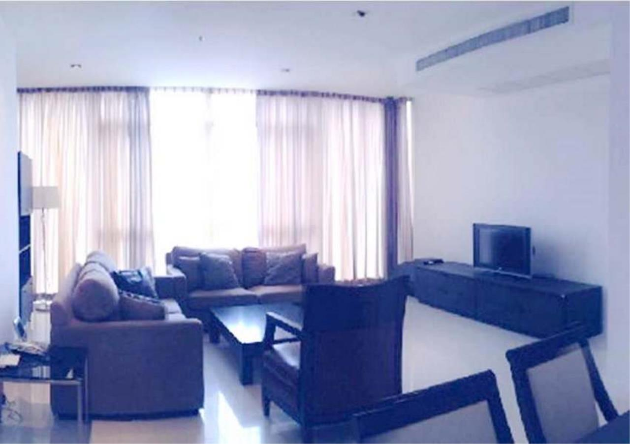 Bangkok Residential Agency's 3 Bed Condo For Rent in Phloenchit BR1351CD 2