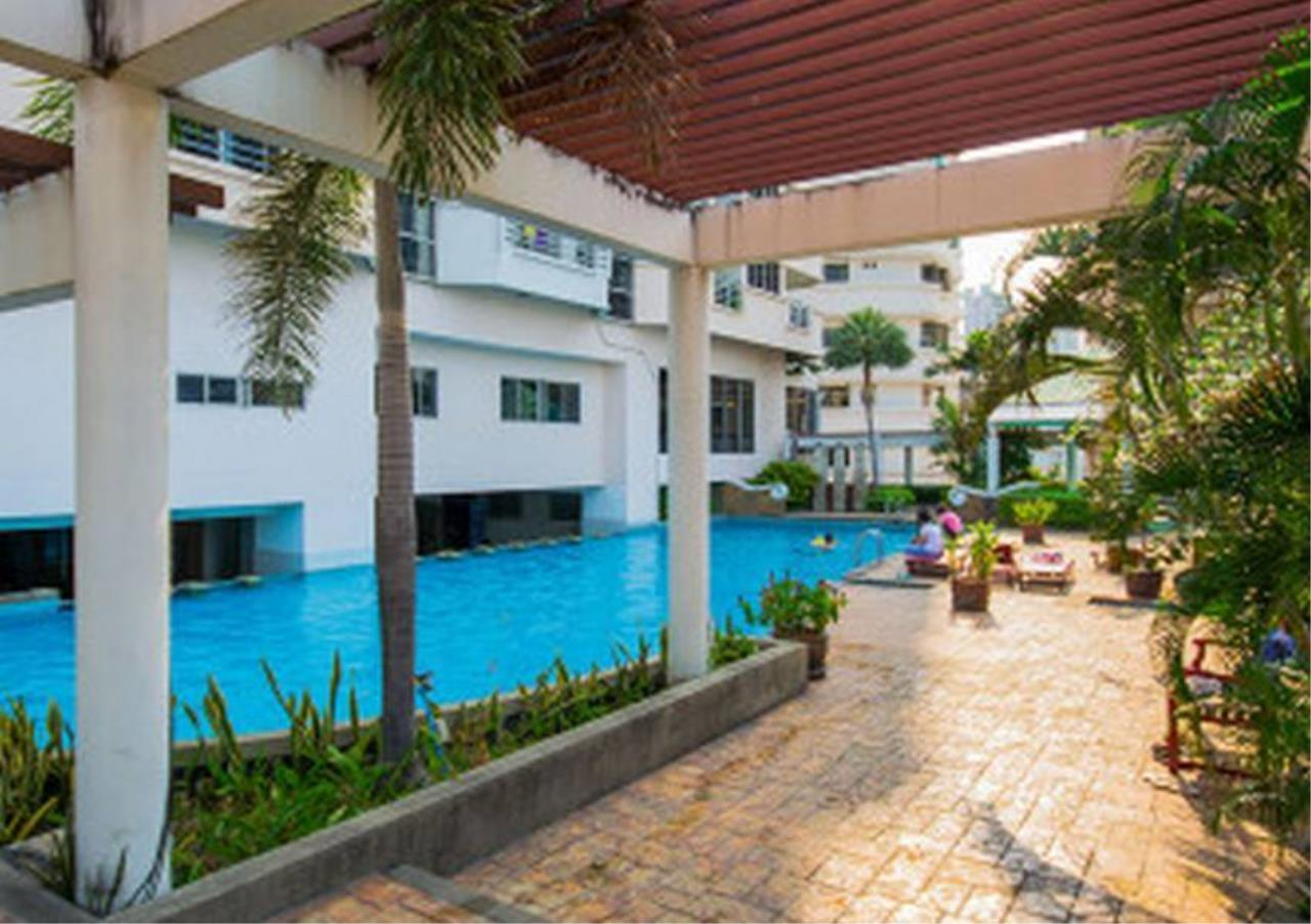 Bangkok Residential Agency's 2 Bed Condo For Rent in Phrom Phong BR1403CD 2
