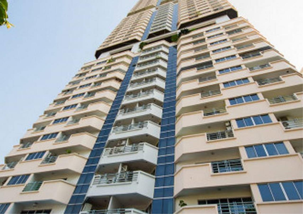 Bangkok Residential Agency's 2 Bed Condo For Rent in Phrom Phong BR1403CD 5