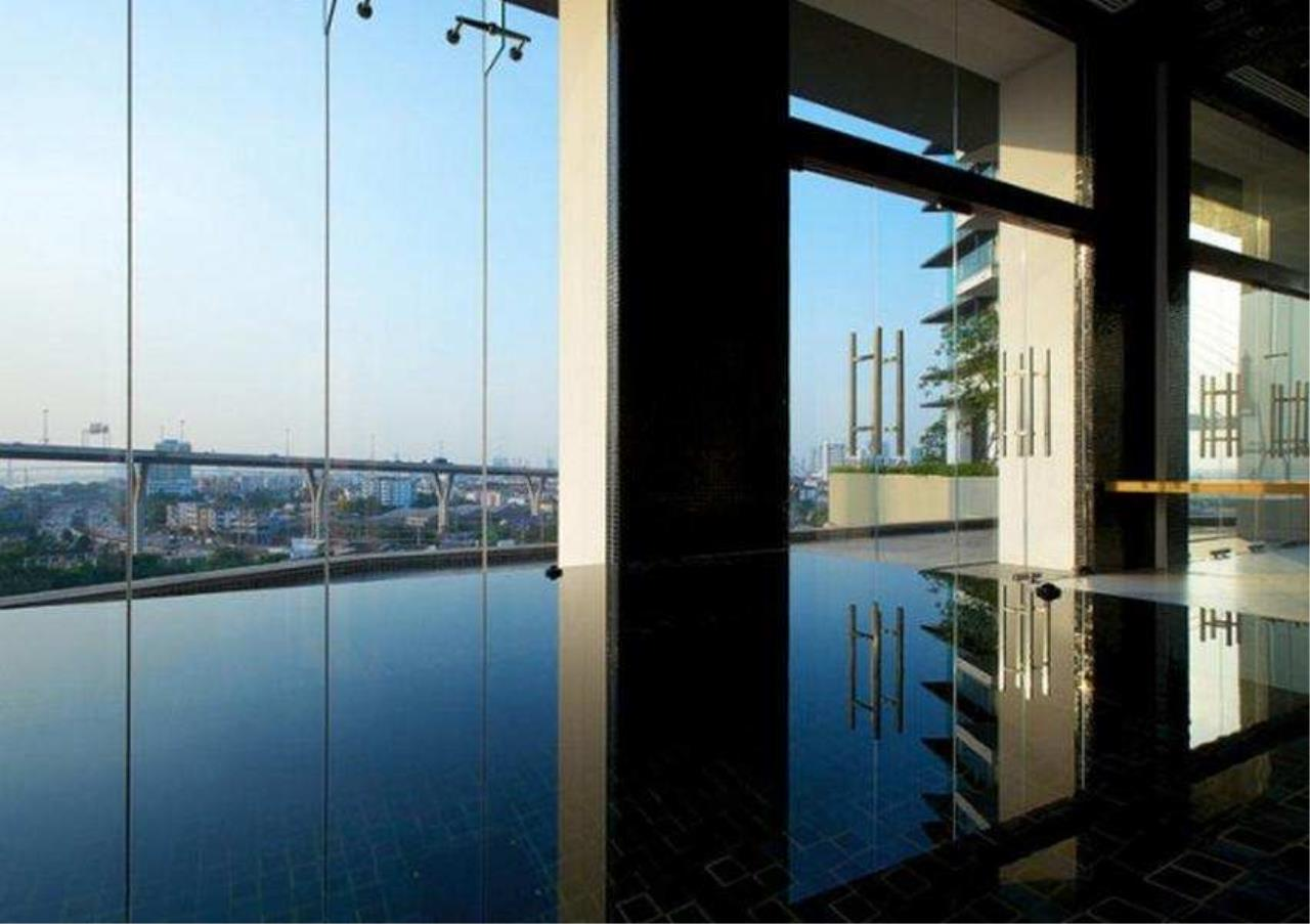Bangkok Residential Agency's 3 Bed Condo For Rent in Sathorn BR1411CD 9