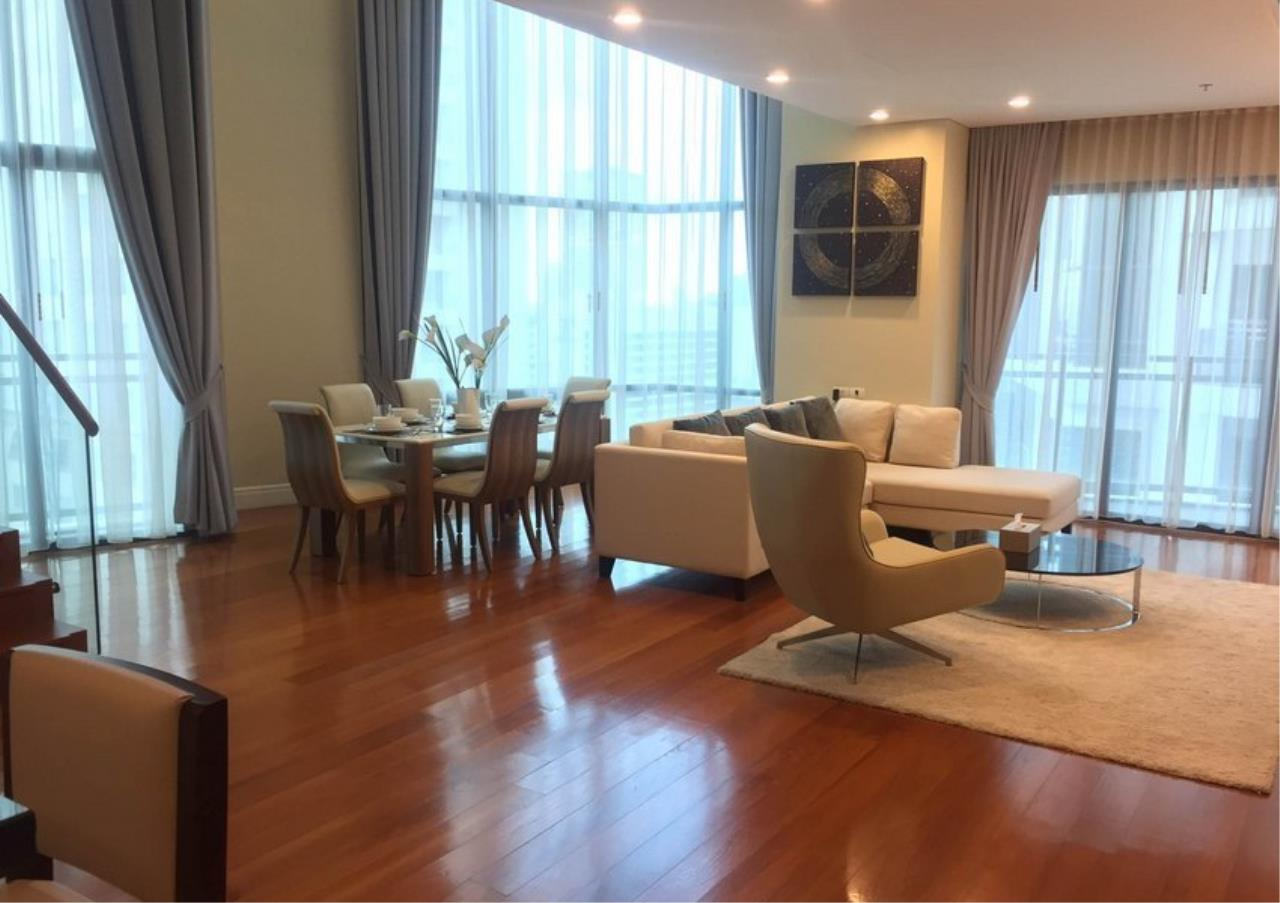 Bangkok Residential Agency's 3 Bed Condo For Rent in Phrom Phong BR1419CD 1
